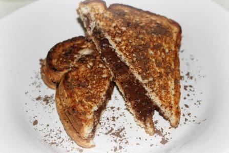almond-chocolate panini 03