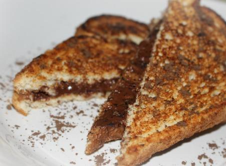 almond-chocolate panini 04