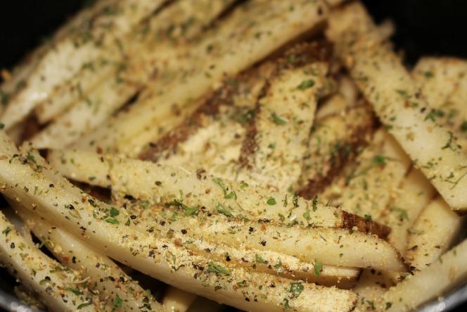 fried potato sticks 01